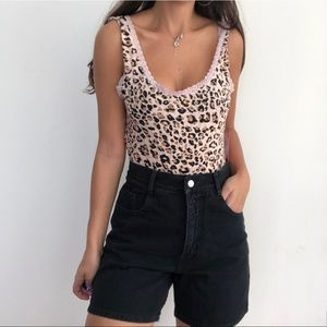 NWT Heart & Hips leopard printed bodysuit top L